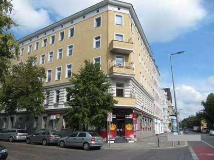 Große 3-Zimmer-Altbauwohnung in Spandau