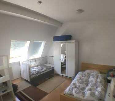 1 Zimmer Studenten Appartement in Uni Nähe