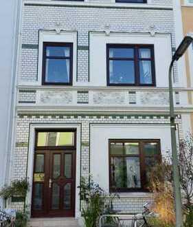 Alt-Bremer Haus mit kleinem Garten, Balkon und Einbauküche