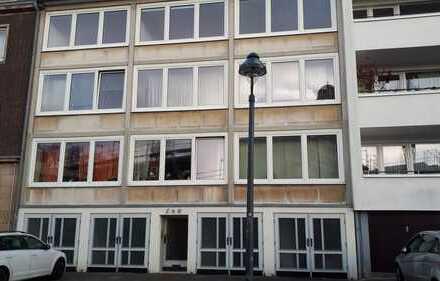 Ansprechende 4-Zimmer-Wohnung mit Balkon in Düsseldorf
