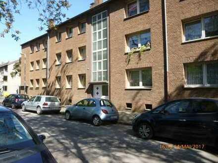 Günstige, gepflegte 3,5-Zimmer-Wohnung mit Balkon in Duisburg