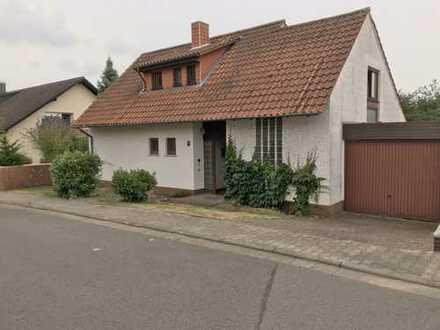 Schönes, geräumiges Haus mit sechs Zimmern, ausgebautem und abgeschlossenem Dachgeschoss