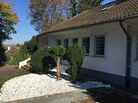 Schönes Haus mit sechs Zimmern in Bonn, Bad Godesberg