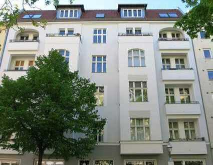 Großzügiges helles Dachgeschoss mit Traumterrasse in Charlottenburg!