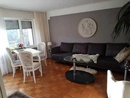 Helle, stilvolle, gepflegte 2-Zimmer-Wohnung mit Südbalkon in Ettlingen