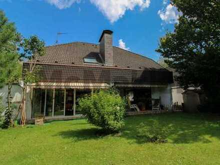 Gehobenes Familienidyll: Gepfl. 5-Zi-EFH m. Wintergarten in ruhiger Lage gegenüber Naturschutzgebiet