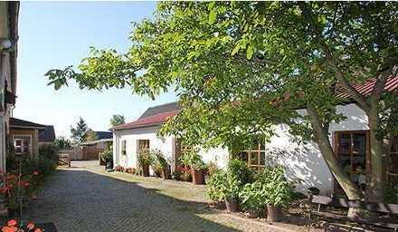 Einfamilienhaus mit großzügigem Grundstück und zahlreichen Nutzungmöglichkeiten