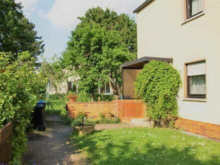 Ansprechendes Zweifamilien-Reihenendhaus in Fulda, Fuld