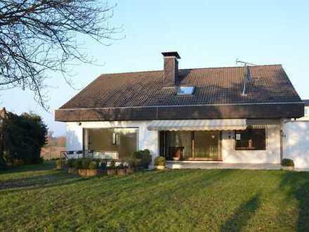Großzügiges 5 Zi. Einfamilienhaus mit großer Terrasse&Garten!