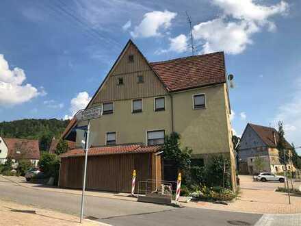 2-Familienhaus mit Einliegerwohnung und Scheune in idyllischer Lage von Oberschwandorf