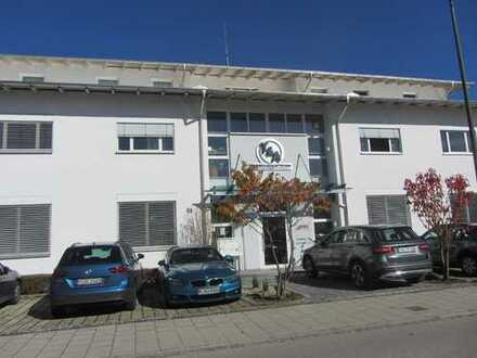 Schöne Büroflächen mit Balkone in ruhiger Lage an der Loisach; mit erweiterbarer Fläche