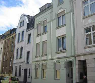 PROVISIONSFREI!!! Renovierte 3-Zimmerwohnung mit Einbauküche