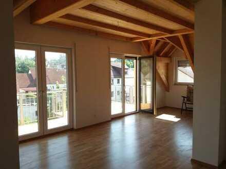 Helle, gemütliche 2,5-Zimmer-Wohnung in Hemhofen