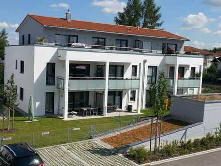 Wunderschöne helle 2-Zimmer-Wohnung mit Dachterrasse in Taufkirchen
