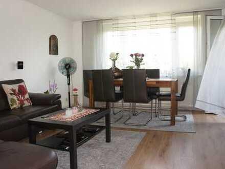 Helle gepflegte 3 Zimmer-Wohnung/EBK/Balkon/SP