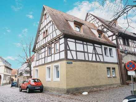 Aufwendig saniertes, historisches Zweifamilenhaus im Herzen der Altstadt von Ladenburg