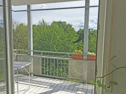 Exklusive, modernisierte 3-Zimmer-Wohnung mit Balkon TG und Einbauküche in Karlsruhe