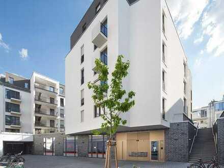 Helle, moderne 3 Zimmer Penthouse Whg mit EBK, Parkettboden und Fußbodenheizung in top Citylage