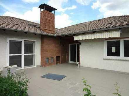 5 ZKBB* EG inkl. gr. Garten* Terrasse ca.40qm* Garage* Kamin* 1x tgl.Bad* G-WC* Stockstadt a.R.