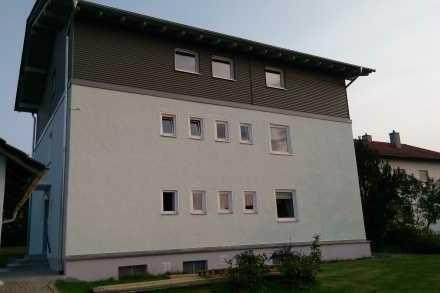Freundliche 3-Zimmer-Dachgeschosswohnung in Arnstorf mit Balkon (Sanierung 2017)