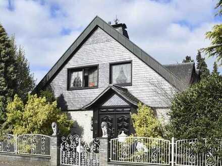 Großzügiges Wohnhaus u. Doppelgarage, Kevelaer-Wetten