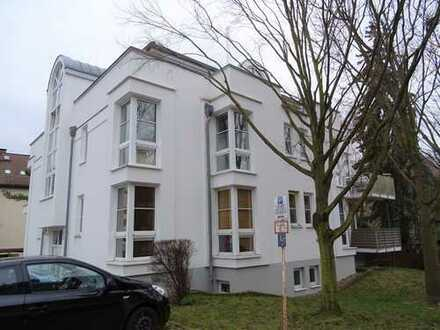 Penthouse mit umlaufender Terrasse, in bevorzugter grüner Lage von Magdeburg