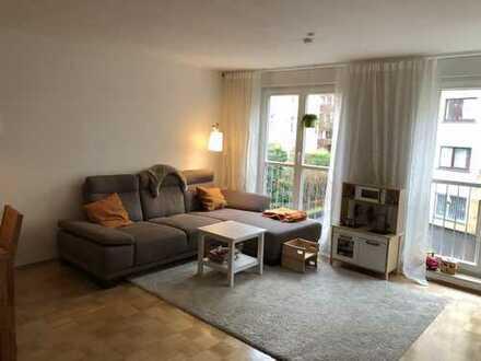 Superschöne, zentral- und im Grünen gelegene 3-ZKB Wohnung im tollen Frankfurter Nordend