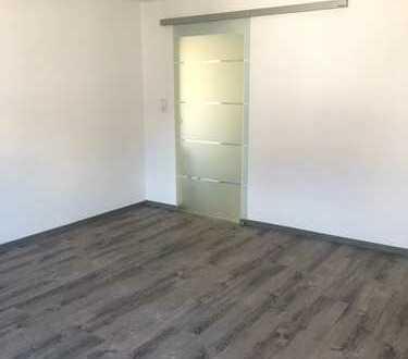Erstbezug nach Sanierung: schöne 3-Zimmer-Erdgeschosswohnung mit EBK in Neu-Anspach