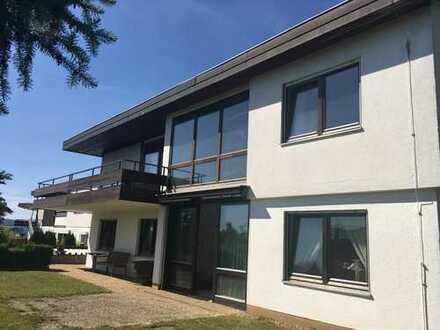 """""""großzügiges Einfamilienhaus mit Doppelgarage und Einliegerwohnung, Panoramablick, Natursteinkamin"""""""