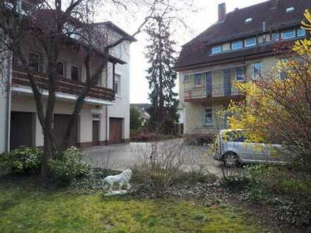 Schöne helle 2-ZKB-Dachgeschosswohnung