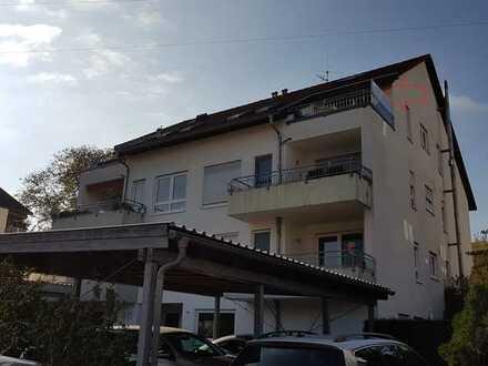 Ansprechende 3-Zimmer-Wohnung und Dachspitz zu vermieten.