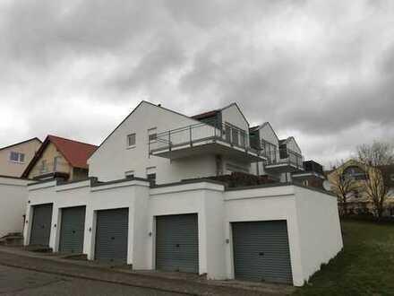 Schöne Maisonette-Wohnung mit 2 Balkonen und herrlichem Ausblick