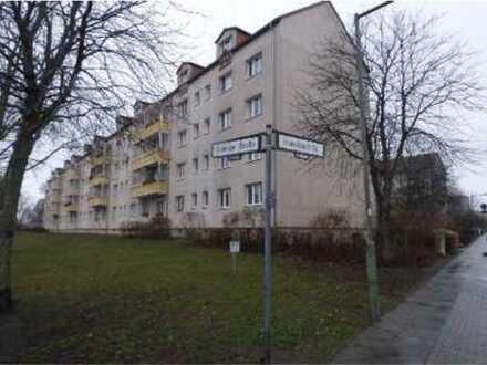 *Prov.frei* Zum Jahresende freiwerdende helle Eigentumswohnung nahe Britzer Kanal & Baumschulenstr.