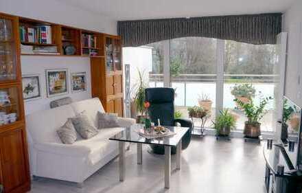 Helle, moderne 2-Zimmer-Wohnung mit Balkon und EBK in Aschaffenburg