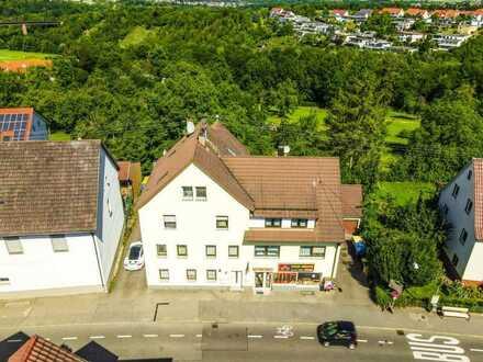Wohn- und Geschäftshaus mit zwei Bauplätzen in Waiblingen-Neustadt