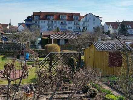 Neuwertige 3-Zimmer-Wohnung mit Balkon und Gartenanteil in Nördlingen