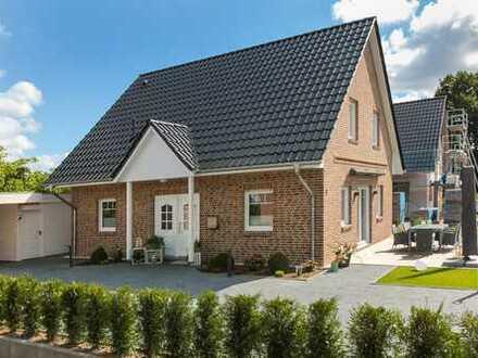 Einfamilienhaus mit Garage , ca. 125 m2 Wfl., 596 m2 Grundstück (auch als Mietkaufvariante möglich)