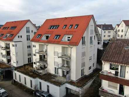 Altersgerechtes Wohnen mit Service! Rollstuhlgerechte 3,5-Zimmer-Mietwohnung in zentraler Lage