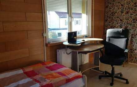 Fully furnished room in a shared house for 6, 5-minutes walk from Hochschule Worms, available from 0