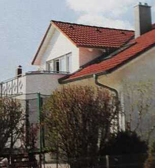 Helle und moderne DG - Wohnung in Laupheim