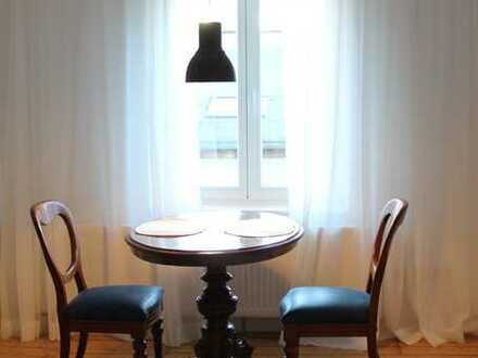 Hochwertig und individuell ausgestattete 2-Zimmer-Wohnung in ruhiger Innenstadtlage Wiesbaden!