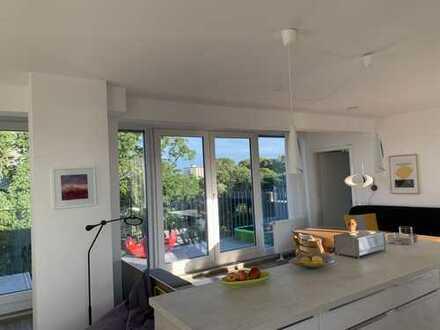 Helle und außergewöhnliche Maisonette-Wohnung mit Blick über den Kölner Zoo