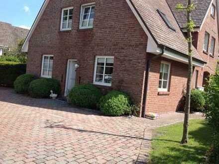 Zentral gelegene hochwertige möblierte Maisonettewohnung in Alt Westerland