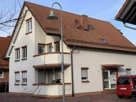 Schöne, helle vier Zimmer Wohnung in Germersheim (Kreis), Minfeld