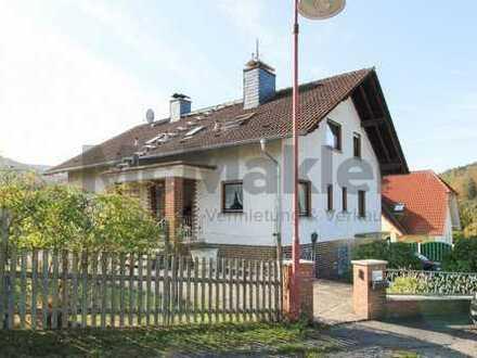 Für Macher: 10-Zi.-Ein- bis Zweifamilienhaus mit Gestaltungspotenzial mitten im Grünen