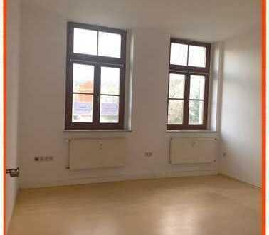 Gemütliche 2-Zi. Wohnung mit Wannenbad im Zentrum von Werdau zu vermieten!