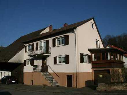 ***Wohnhaus mit kleiner Scheune/Stall in Erbach-Lauerbach***