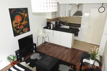 gemütliche 2-Zimmerwohnung mit Wlan, TV, Dusche/WC, Doppelbett, Schlafcouch, Kinderbett, Küche