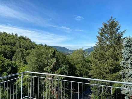 Erstbezug! Perle der Natur mit gr. Balkon und Traumaussicht, EBK, Kaminofen, Klimaanl. Pool im Gaten