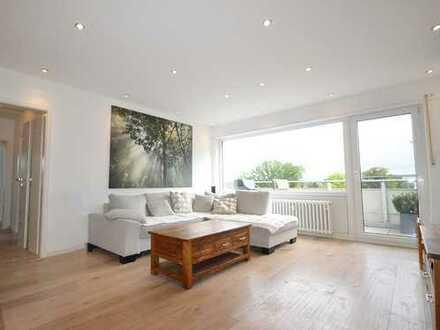 ++ Moderne und helle Wohnung in Refrath mit Aufzug und Tiefgarage ++